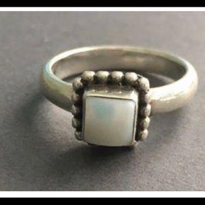 Silpada mother of pearl ring